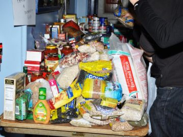 Hurricane Sandy food and water supplies
