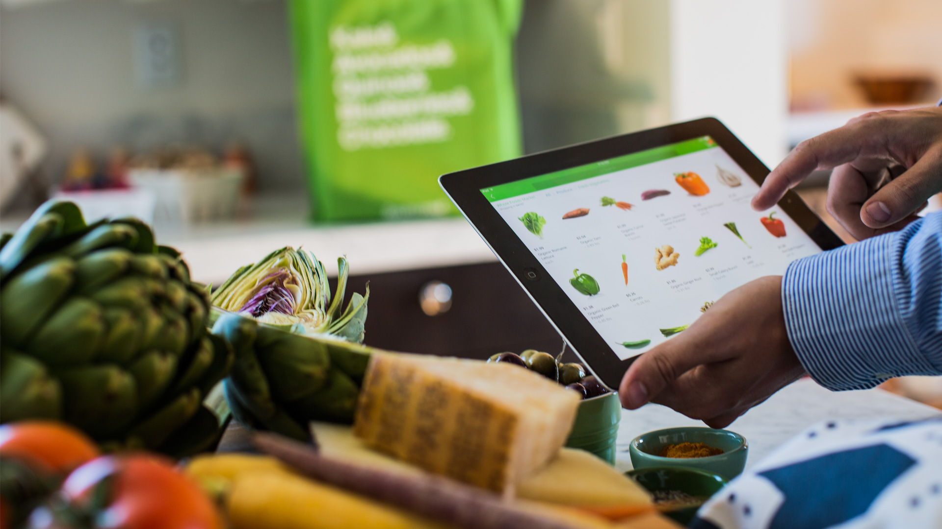 Person shops for groceries on Instacart.